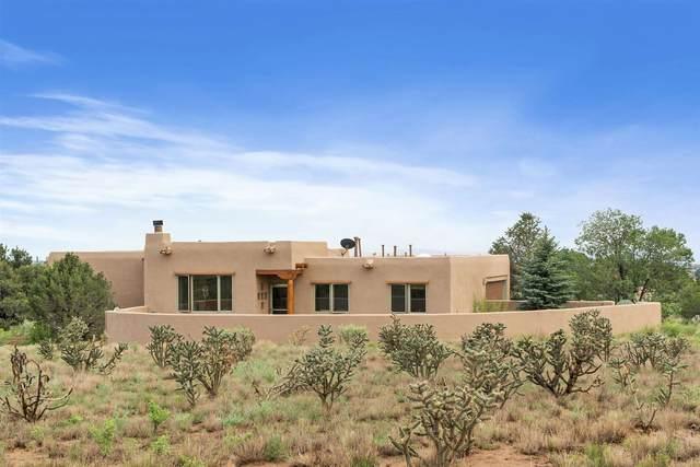 11 Duende Road, Santa Fe, NM 87508 (MLS #202103278) :: Neil Lyon Group | Sotheby's International Realty
