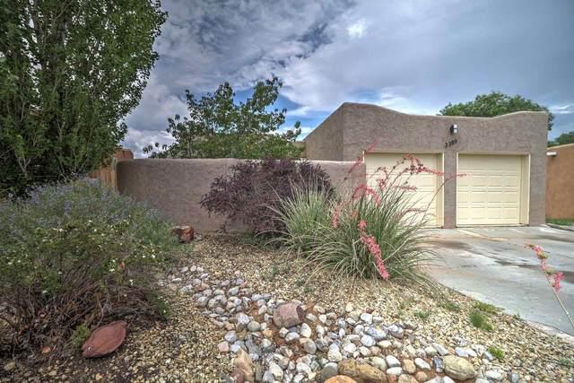 3389 La Avenida De San Marcos, Santa Fe, NM 87507 (MLS #202103300) :: Summit Group Real Estate Professionals