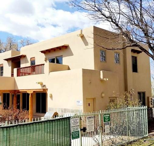 601 W San Mateo Rd Apt 202, Santa Fe, NM 87505 (MLS #202103324) :: Berkshire Hathaway HomeServices Santa Fe Real Estate
