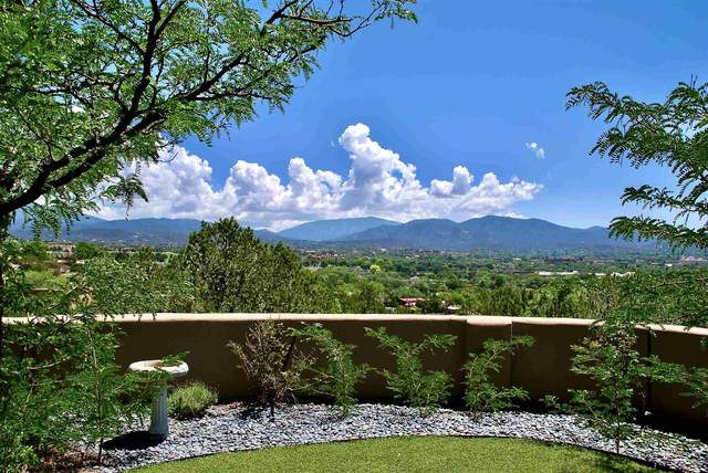 111 Michelle Dr, Santa Fe, NM 87501 (MLS #202103340) :: Summit Group Real Estate Professionals