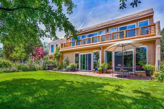 2 Camino Montoso, Santa Fe, NM 87508 (MLS #202103366) :: Neil Lyon Group | Sotheby's International Realty