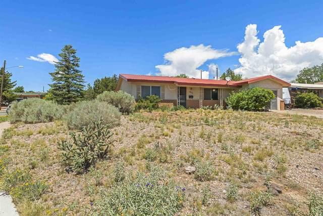 3111 Siringo, Santa Fe, NM 87507 (MLS #202103379) :: Neil Lyon Group | Sotheby's International Realty