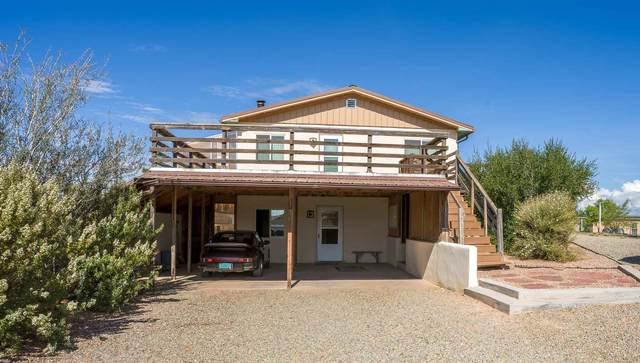 29 Comanche Drive, Santa Fe, NM 87508 (MLS #202103380) :: Neil Lyon Group | Sotheby's International Realty