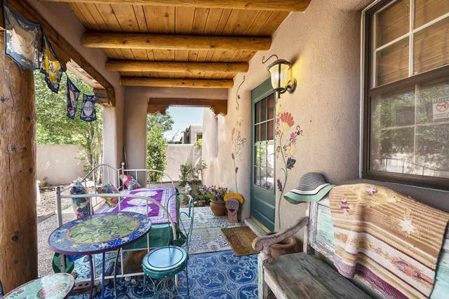728 Franklin Ave, Santa Fe, NM 87505 (MLS #202103393) :: Summit Group Real Estate Professionals