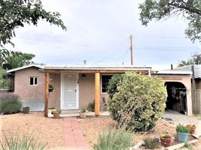 145C El Llano Road, Espanola, NM 87532 (MLS #202103397) :: Summit Group Real Estate Professionals