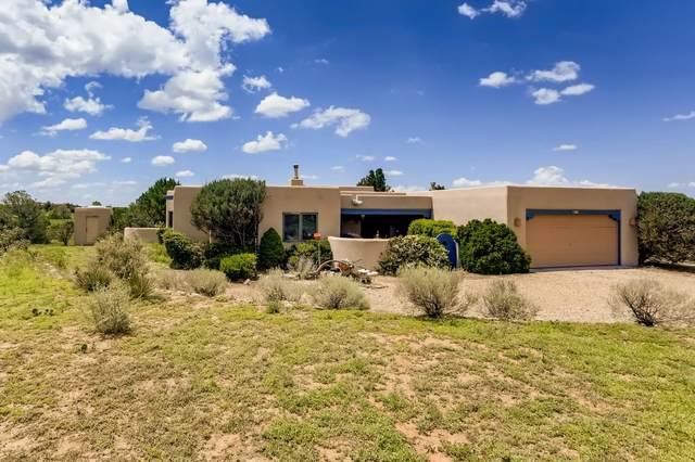 11 Chusco Road, Santa Fe, NM 87508 (MLS #202103404) :: Summit Group Real Estate Professionals