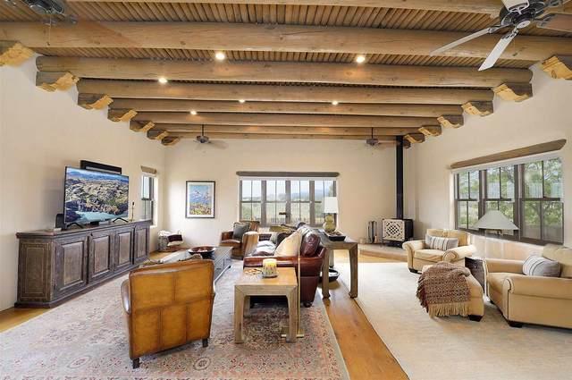 14 Lucero Rd, Santa Fe, NM 87508 (MLS #202103406) :: Summit Group Real Estate Professionals