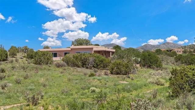 15 Moya, Santa Fe, NM 87508 (MLS #202103429) :: Summit Group Real Estate Professionals