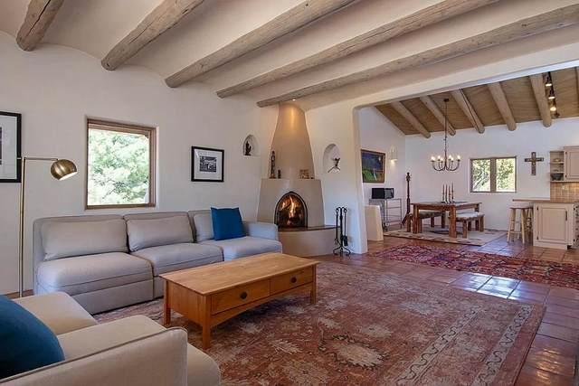 117 Paseo Nopal, Santa Fe, NM 87507 (MLS #202103719) :: Neil Lyon Group | Sotheby's International Realty