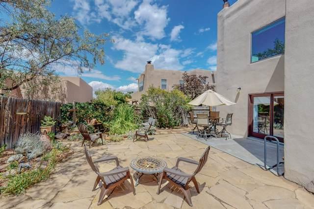 3214 Nizhoni, Santa Fe, NM 87507 (MLS #202103748) :: Berkshire Hathaway HomeServices Santa Fe Real Estate