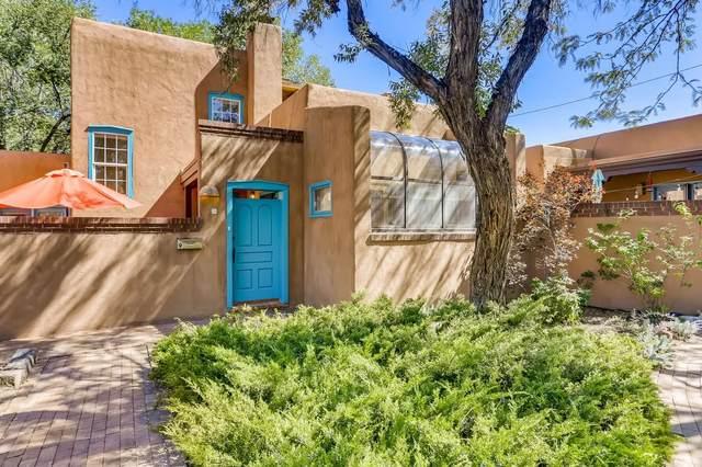 655 Galisteo Street #9, Santa Fe, NM 87505 (MLS #202103814) :: Neil Lyon Group   Sotheby's International Realty
