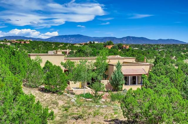 5 Sierra Court, Santa Fe, NM 87506 (MLS #202103837) :: Stephanie Hamilton Real Estate