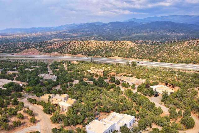 10 Tesuque Vista, Santa Fe, NM 87506 (MLS #202103842) :: Neil Lyon Group | Sotheby's International Realty