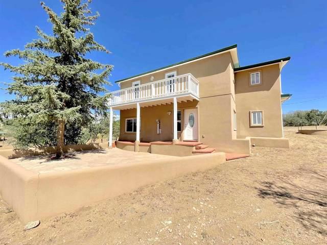 34 Camino Valle, Santa Fe, NM 87508 (MLS #202103955) :: Neil Lyon Group | Sotheby's International Realty