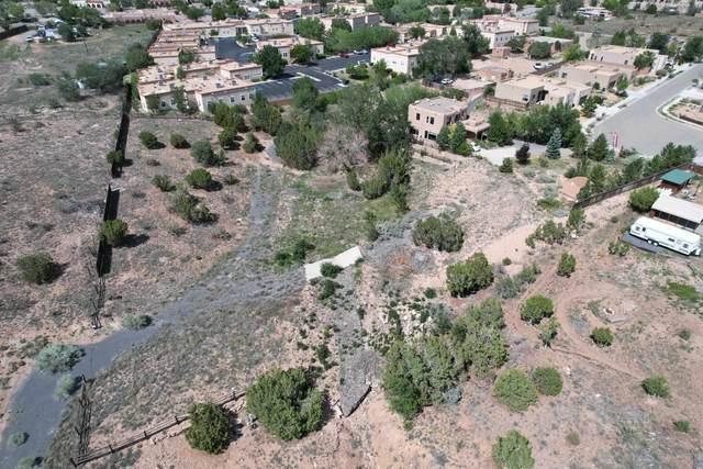 2362 Brunn School, Santa Fe, NM 87505 (MLS #202103967) :: Berkshire Hathaway HomeServices Santa Fe Real Estate