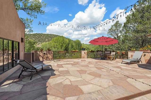 1432 Upper Canyon Road, Santa Fe, NM 87501 (MLS #202104088) :: The Very Best of Santa Fe