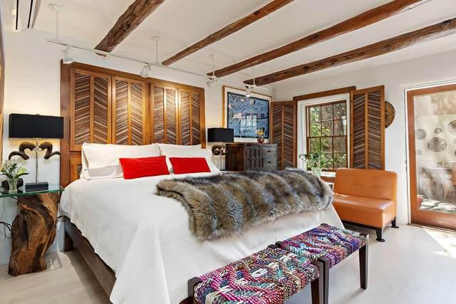 322 Magdalena Rd #7, Santa Fe, NM 87501 (MLS #202104091) :: Berkshire Hathaway HomeServices Santa Fe Real Estate