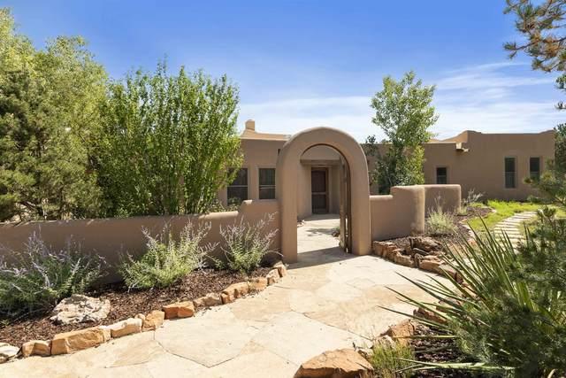 14 N Sparrow Lane, Santa Fe, NM 87506 (MLS #202104102) :: Stephanie Hamilton Real Estate