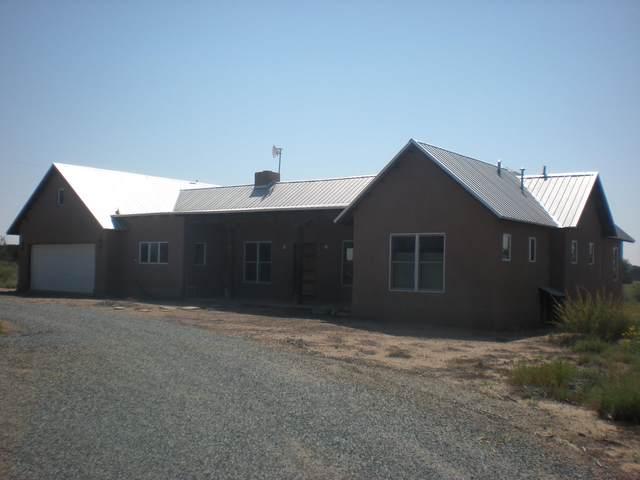 11 Bear Claw Lane, Santa Fe, NM 87507 (MLS #202104124) :: Stephanie Hamilton Real Estate