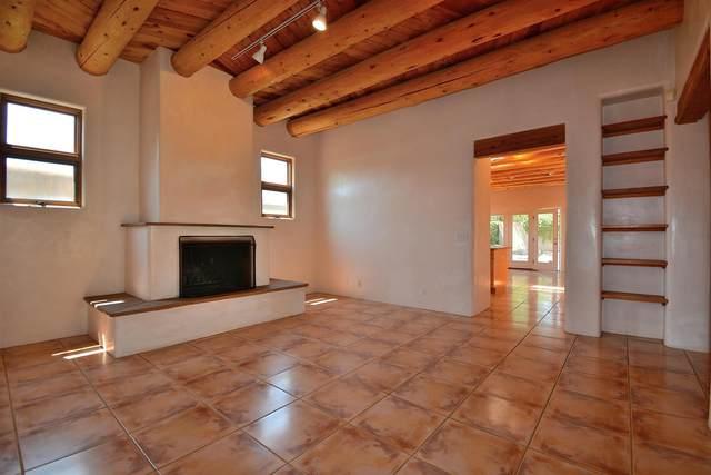 118 Moore A & B, Santa Fe, NM 87501 (MLS #202104126) :: Stephanie Hamilton Real Estate