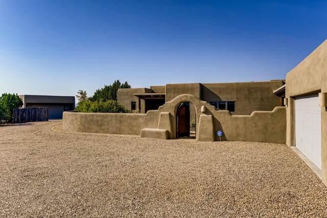 15 Don Jose Loop, Santa Fe, NM 87508 (MLS #202104151) :: Summit Group Real Estate Professionals