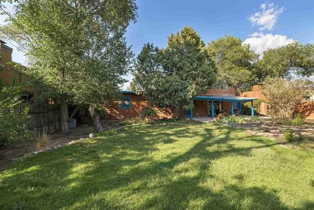 619 Acequia Madre, Santa Fe, NM 87505 (MLS #202104153) :: Berkshire Hathaway HomeServices Santa Fe Real Estate