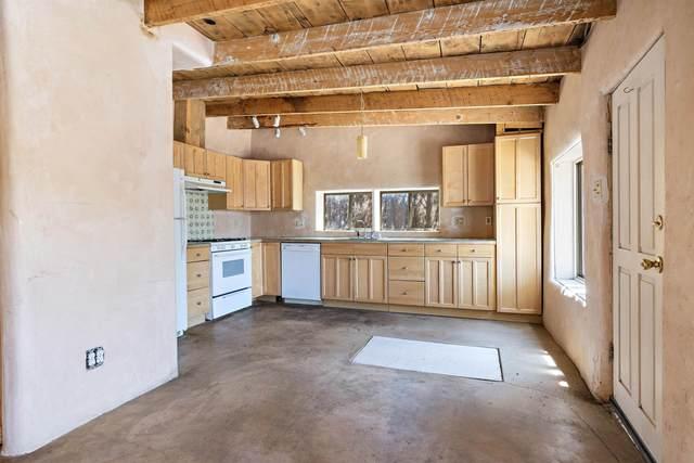 1304 Agua Fria Street, Santa Fe, NM 87501 (MLS #202104154) :: Berkshire Hathaway HomeServices Santa Fe Real Estate