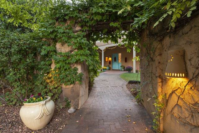 1600 Padre Roberto Rd Nw, Albuquerque, NM 87107 (MLS #202104184) :: Neil Lyon Group   Sotheby's International Realty