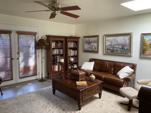 1211 La Rambla, Santa Fe, NM 87505 (MLS #202104185) :: The Very Best of Santa Fe
