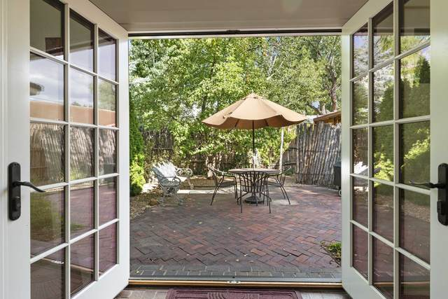 379 Garcia Street, Santa Fe, NM 87501 (MLS #202104228) :: Stephanie Hamilton Real Estate