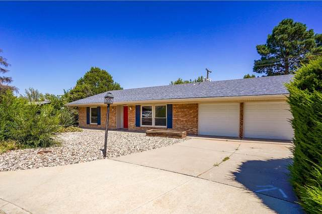 88 Altura Circle, White Rock, NM 87547 (MLS #202104247) :: Neil Lyon Group | Sotheby's International Realty