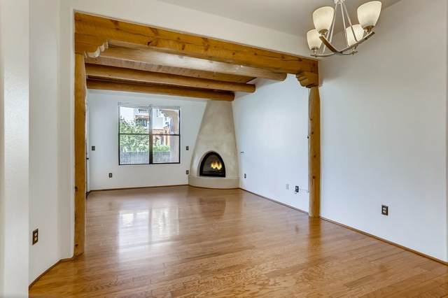 1405 Vegas Verde Drive C, 129, Santa Fe, NM 87507 (MLS #202104263) :: Summit Group Real Estate Professionals