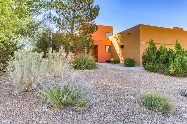 1500 Avenida Rincon #101, Santa Fe, NM 87506 (MLS #202104265) :: Neil Lyon Group | Sotheby's International Realty