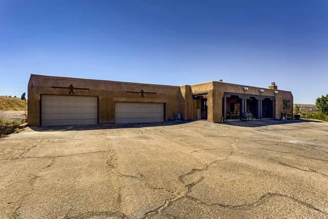 50 Entrada La Cienega, Santa Fe, NM 87507 (MLS #202104271) :: Neil Lyon Group | Sotheby's International Realty