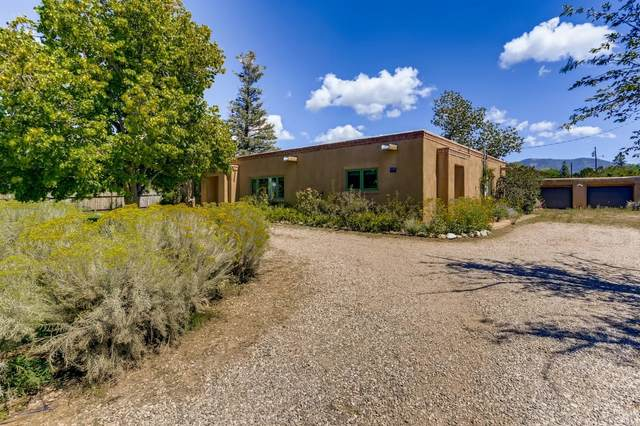 1225 Seville, Santa Fe, NM 87505 (MLS #202104338) :: Berkshire Hathaway HomeServices Santa Fe Real Estate