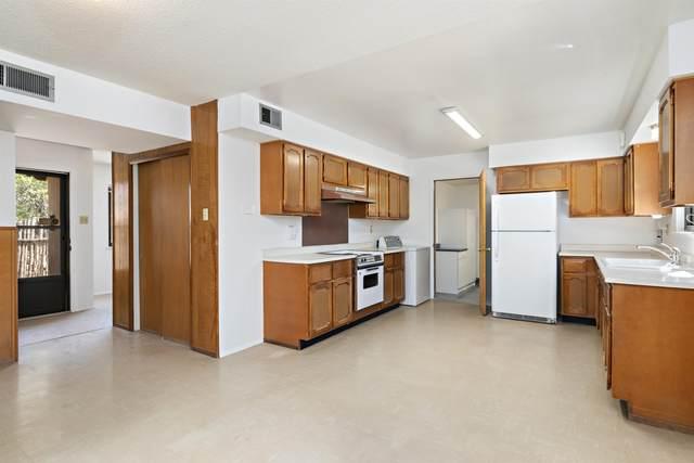 1112 Calle Del Cielo, Santa Fe, NM 87507 (MLS #202104351) :: Stephanie Hamilton Real Estate