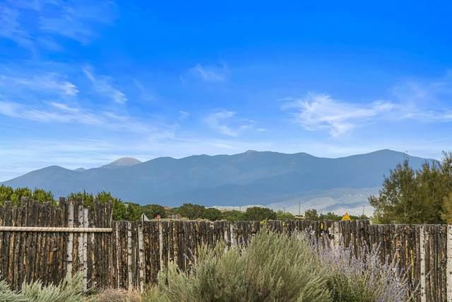 126 Old Dinosaur Trail, Santa Fe, NM 87508 (MLS #202104361) :: Neil Lyon Group | Sotheby's International Realty