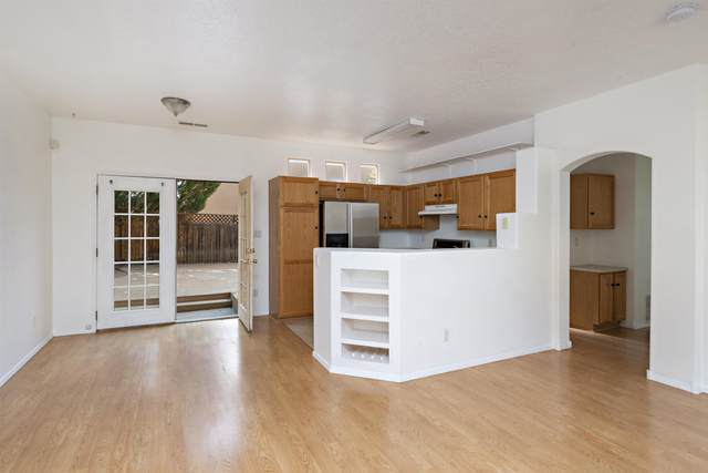 4364 Sierra Blanca, Santa Fe, NM 87507 (MLS #202104381) :: Summit Group Real Estate Professionals