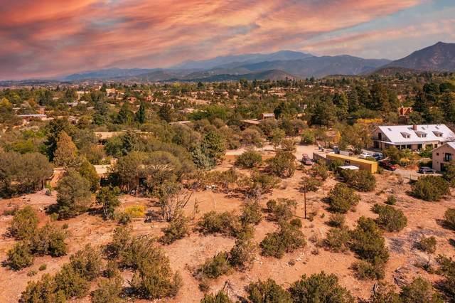 1416 Madrid Place, Santa Fe, NM 87505 (MLS #202104401) :: Berkshire Hathaway HomeServices Santa Fe Real Estate