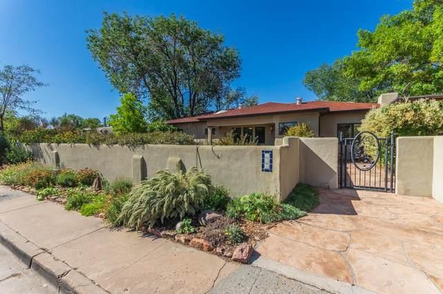 144 Cedar Street, Santa Fe, NM 87501 (MLS #202104418) :: Summit Group Real Estate Professionals