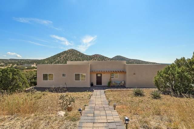 9 Calle Electra, Santa Fe, NM 87508 (MLS #202104425) :: Neil Lyon Group | Sotheby's International Realty