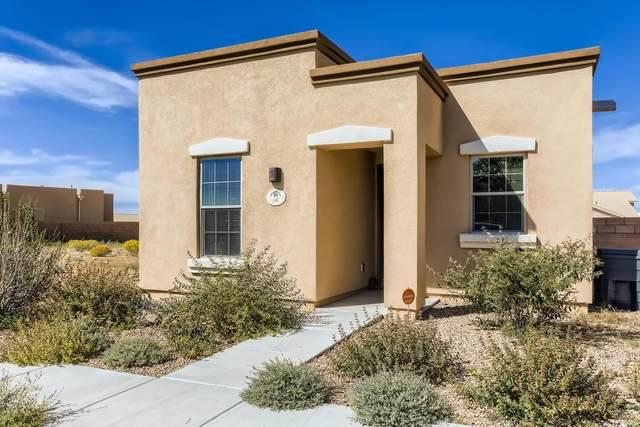 16 Via Sagrada, Santa Fe, NM 87508 (MLS #202104435) :: Berkshire Hathaway HomeServices Santa Fe Real Estate