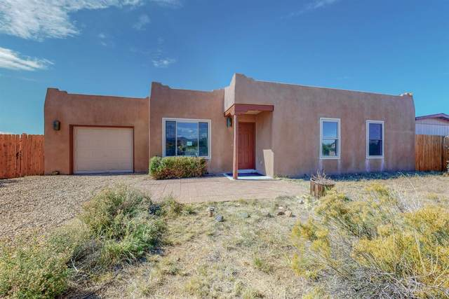 4 Luna Drive, Santa Fe, NM 87508 (MLS #202104472) :: Stephanie Hamilton Real Estate