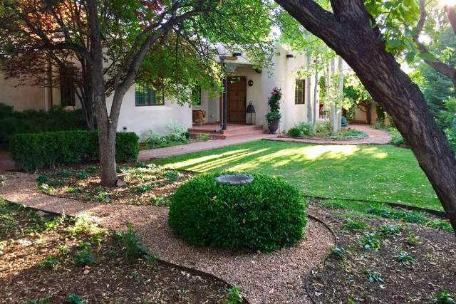 608 Miller Street, Santa Fe, NM 87505 (MLS #202104475) :: Neil Lyon Group   Sotheby's International Realty