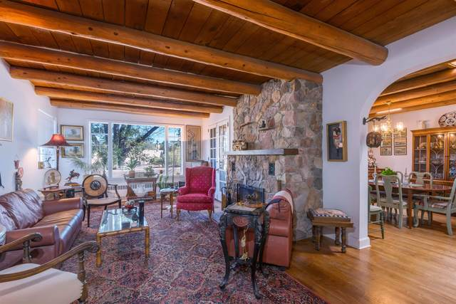 1251 Seville Road, Santa Fe, NM 87505 (MLS #202104477) :: Berkshire Hathaway HomeServices Santa Fe Real Estate