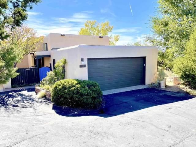 3080 Plaza Blanca, Santa Fe, NM 87507 (MLS #202104557) :: Summit Group Real Estate Professionals