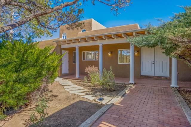 942 Paseo Del Sur, Santa Fe, NM 87501 (MLS #202104571) :: Neil Lyon Group | Sotheby's International Realty
