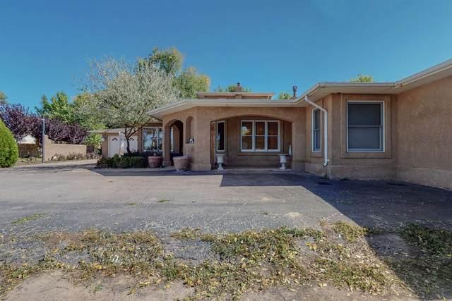 300 Mccracken Ln, Espanola, NM 87532 (MLS #202104581) :: Stephanie Hamilton Real Estate
