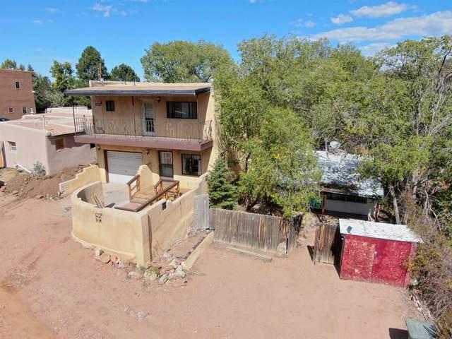 608 1/2 Camino De La Luz, Santa Fe, NM 87505 (MLS #202104584) :: Summit Group Real Estate Professionals