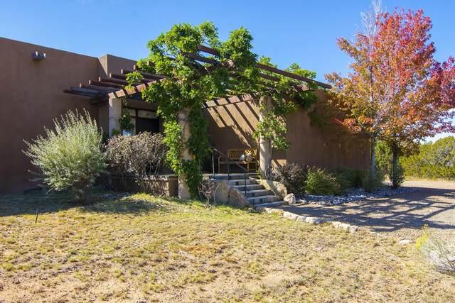 20 Paseo Del Antilope, Santa Fe, NM 87506 (MLS #202104587) :: Berkshire Hathaway HomeServices Santa Fe Real Estate